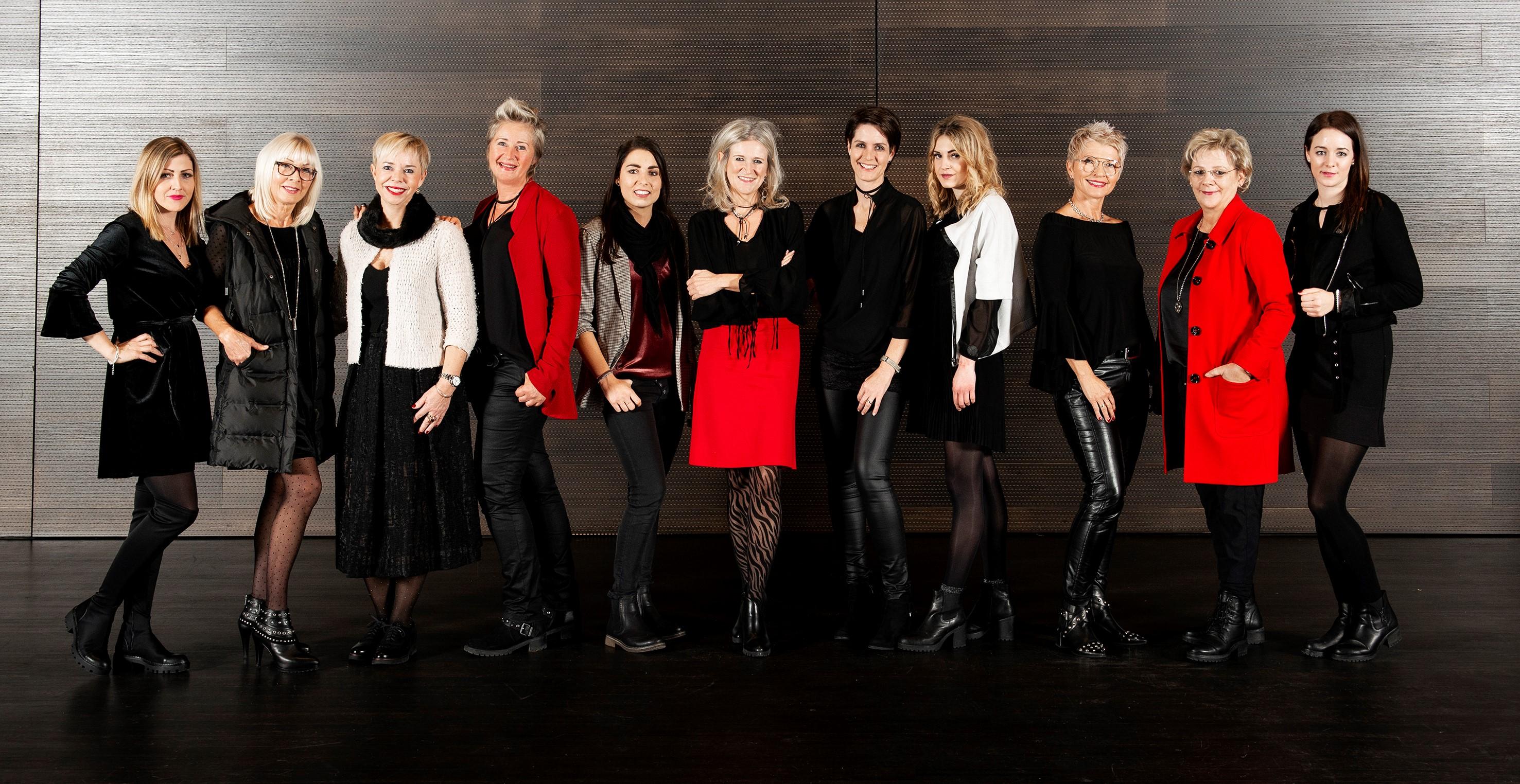Gruppenfoto vom Kink-Team